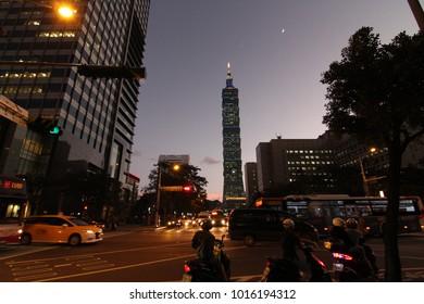 Taipei, taiwan - CIRCA December 2013 :Taipei 101 and city at night