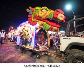 TAIPEI,TAIWAN - June 9 : The folk-custom acrobatics in the temple fair of township in night on June 9,2016 in Tamsui,Taipei,Taiwan. The fair held annually on chinese lunar date of sixth in May.