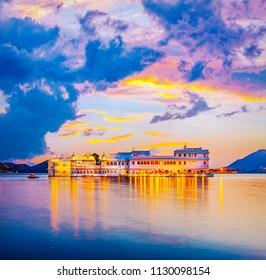 Taj Lake Palace on lake Pichola in Udaipur, Rajasthan, India