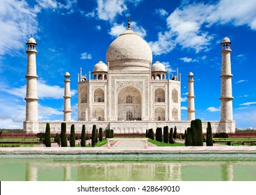 Taj Mahal in Agra, Uttar Pradesh, India. Indian Taj Mahal is one of the new seven wonders of the world.