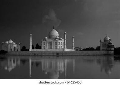 Taj Mahal in black-white