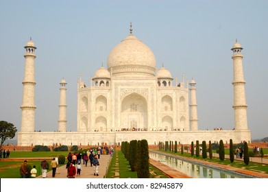 Taj Mahal Closeup