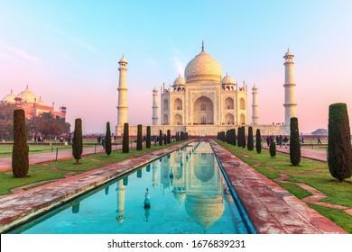 Taj Mahal Mauseleum, India, Uttar Pradesh, Agra