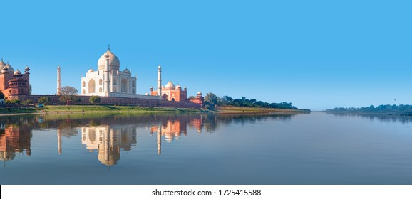 Taj Mahal mausoleum reflected in Yamuna river - Agra, Uttar Pradesh, India