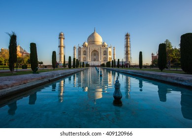 Taj Mahal at Morning sunrise. India famous place