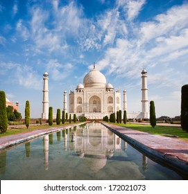 Taj Mahal on a sunny day with beautiful sky