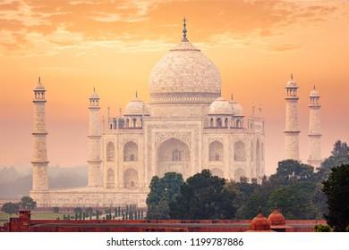 Taj Mahal on sunset, Indian Symbol - India travel background. Agra, Uttar Pradesh, India