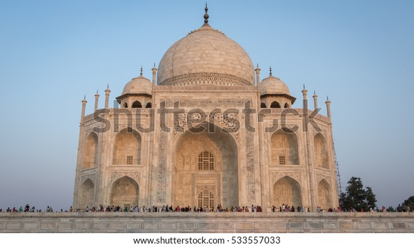 Taj Mahal Side View without the pillars