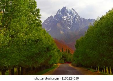 Tajikistan. Pamir road. Open road