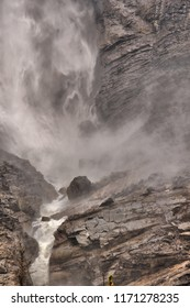Takakkaw falls Yoho National Park