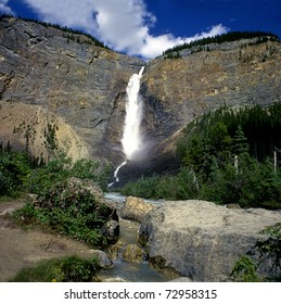 Takakkaw Falls in Yoho National Park, British Columbia, Canadian Rocky Mountain Parks - UNESCO