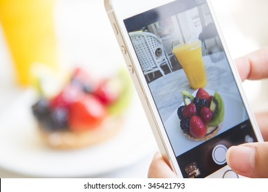 take a picture food before eating, photography