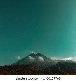 take a picture with iPhone 6s in Merapi mountain
