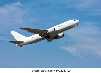 Abheben des Passagierflugzeugs