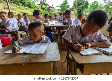 TAK,THAILAND - JULY 19,2012: Underprivileged children,Study in the wilderness,poor and needy.,The story of rural people's way of life. Karen is with nature on the jungle.