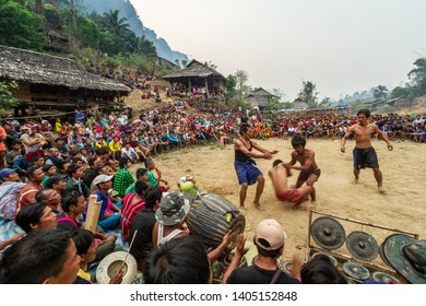 TAK,THAILAND - MARCH 23,2013: The story of rural people's way of life. Karen is with nature on the jungle.Traditional Thai Boxing.The Karen people border the Thai-Myanmar. Fighting ,Muay Thai,