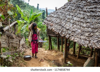 TAK,THAILAND -NOVEMBER 24,2011: The story of rural people's way of life. Karen is with nature on the jungle. Houses made of natural materials People have a habit of independent Buddhists.