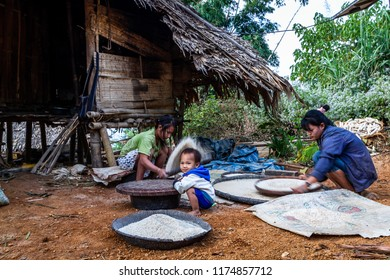 TAK,THAILAND -NOVEMBER 24,2011: Underprivileged children,Study in the wilderness,poor and needy.,The story of rural people's way of life. Karen is with nature on the jungle
