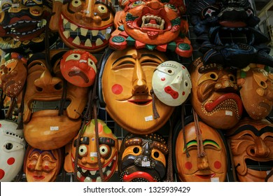"""Tal and Talchum, """" Hahoe masks """" ,Korean Traditional Masks at Insadong, Seoul South of Korea. Korean mask is a culture that still exists today in Asia. Is an Asian culture that must be maintained."""