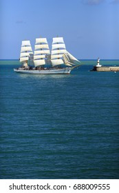 tall ship enters the port
