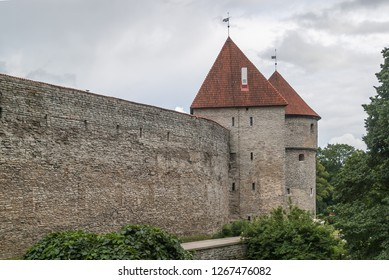 Tallinn boasts one of Europe's best preserved medieval fortifications. In fact, a large part of what gives Old Town its fairytale charm is the system of walls and towers that surrounds it.