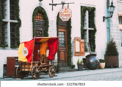 Tallinn, Estonia - December 4, 2016: Traditional Old European Medieval Cart In Old Street.