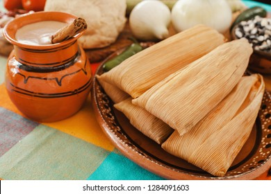 tamales mexicanos, mexican tamale, spicy food in mexico