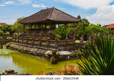 Taman Gili, Klungkung. The remains of the original palace of the Klungkung royal family and court of justice.