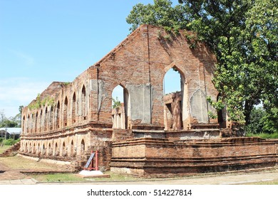 Tamnak Kummalean ,it is influenced by western style ,Wat Khudeedao ,ancient architecture  , Buddhist sculpture ,Thai temple architecture ,Ayutthaya Historical Park,Thailand , world heritage.