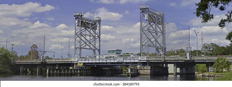 Lift Bridge Images, Stock Photos & Vectors | Shutterstock