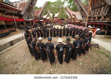 TANA TORAJA, SULAWESI, INDONESIA - November 25: Funeral ceremony on November 25, 2016 in Tana Toraja, Sulawesi, Indonesia