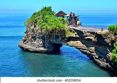 Tanah Lot, Batu Bolong, Bali