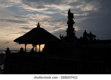 Tanah Lot -magnifique hindu temple of Bali