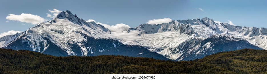 Tantalus Mountain Range on the Sea to Sky Highway between Squamish and Whistler, BC, Canada