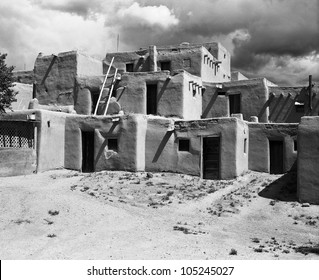 TAOS, NEW MEXICO - SEPTEMBER 7: The Taos Pueblo adobe building is the traditional home of the Northern Tiwa tribe in Taos, New Mexico on September 7, 2011. It is a UNESCO World Heritage site.