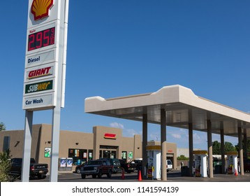 TAOS, NM, USA-11 JULY  18: A Giant convenience store, selling Shell gasoline, joined with a Subway sandwich shop,  in El Prado, outside of Taos.