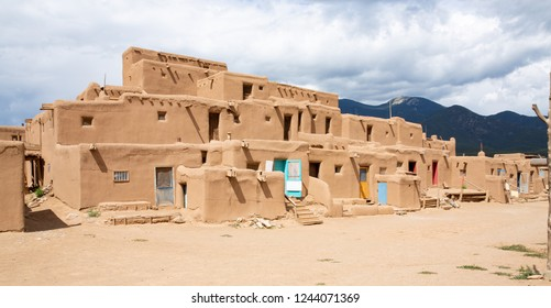 Taos Pueblo National Historic Landmark, Unesco World Heritage, New Mexico, USA