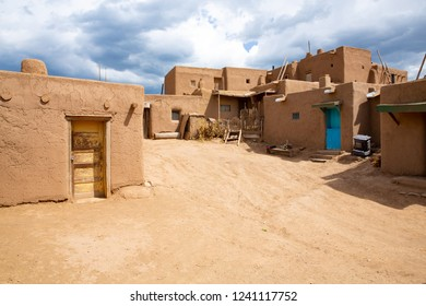 Taos Pueblo National Historical Landmark, Unesco World Heritage, New Mexico, USA