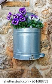 Tap flower pot
