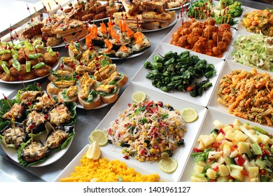 Tapas and pinchos : spanish appetizers at cocktail hour