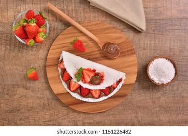Tapioca filled with fresh strawberries and hazelnut cream