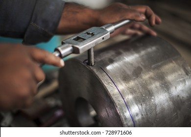 tapping or threading - an industrial process