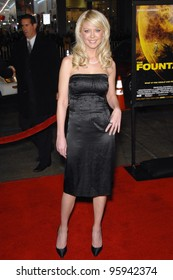 """TARA REID at the US premiere of """"The Fountain"""" at Grauman's Chinese Theatre, Hollywood. November 11, 2006  Los Angeles, CA Picture: Paul Smith / Featureflash"""