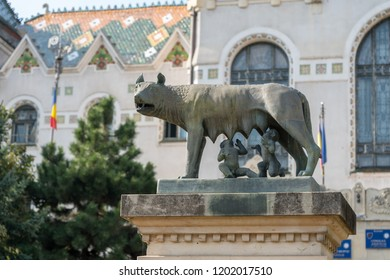 TARGU MURES, TRANSYLVANIA/ROMANIA - SEPTEMBER 17 : Statue of Romulus and Remus in front of the Prefecture Tower in Targu Mures Transylvania Romania on September 17, 2018
