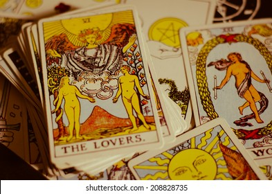 Tarot Card - The Lovers.