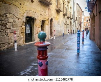 TARRAGONA,SPAIN-NOVEMBER 5,2012: Ancient street view in historic center of  Tarragona, Catalonia.