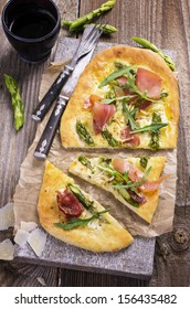 tarte flambee with asparagus and prosciutto