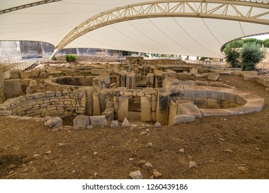 Tarxien, Malta. The ruins of the apses of the temple complex (UNESCO), 3250 - 2800 BC