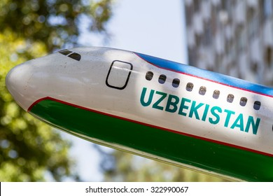 TASHKENT, UZBEKISTAN - AUGUST 20: Uzbekistan Airways 787 dreamliner model on August 20, 2015 in Tashkent, Uzbekistan