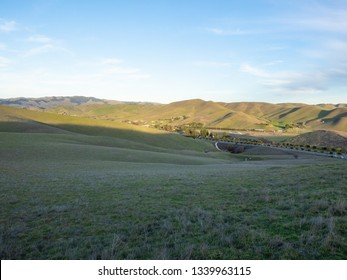 Tassajara Ridge Trail Loop is a 9.2 mile lightly trafficked loop trail located near San Ramon, California that offers scenic views and is good for all skill levels.